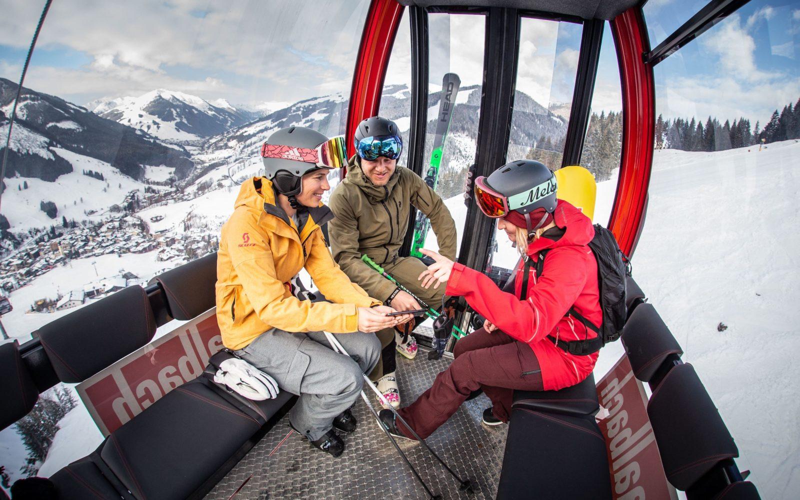 Skifahren im Skicircus Saalbach Hinterglemm